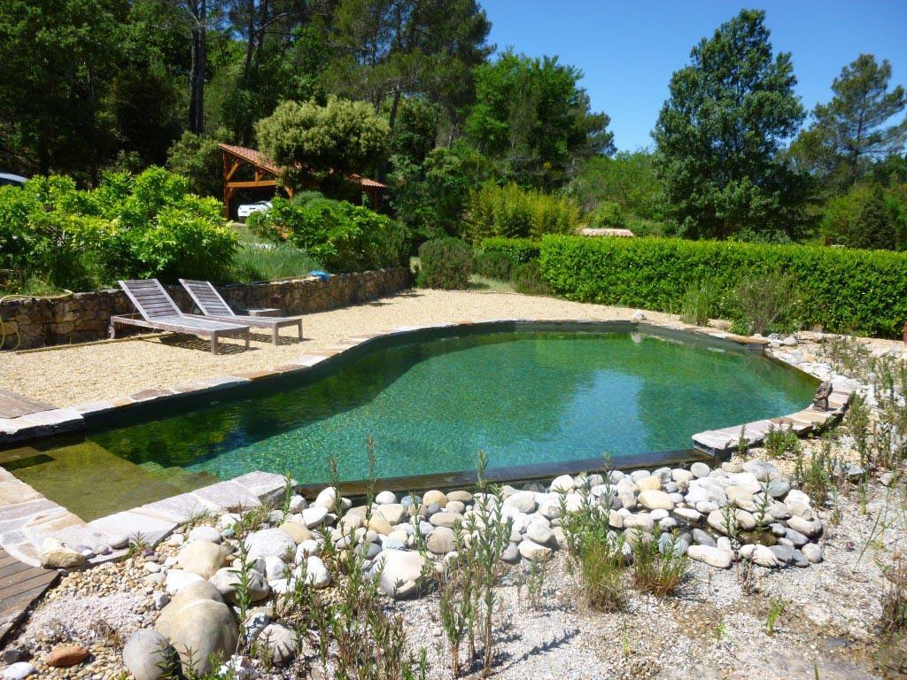 la piscine naturelle et cologique en provence par couleur nature. Black Bedroom Furniture Sets. Home Design Ideas